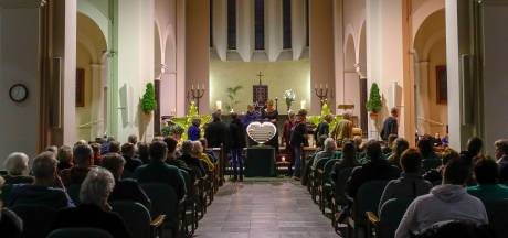 Wereldlichtjesdag Oirschot: Samen het verdriet delen