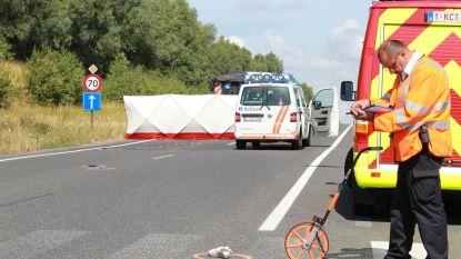 66-jarige fietsster sterft op gevaarlijk kruispunt in Kuurne: aanpassingswerken komen veel te laat, vindt burgemeester