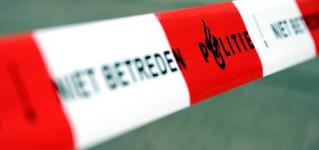 Lichaam bij Oostzanerwerf gevonden, politie doet onderzoek