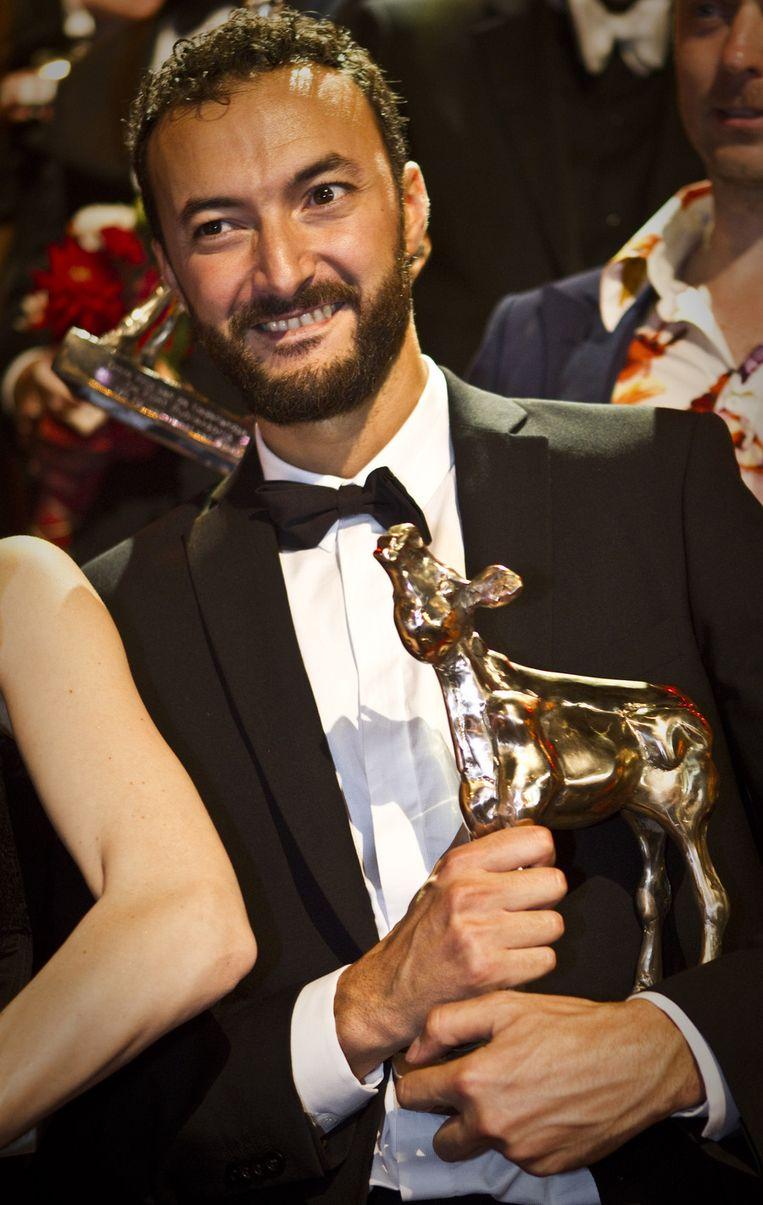 Nasrdin Dchar met zijn Gouden Kalf voor Beste Acteur. © ANP Beeld