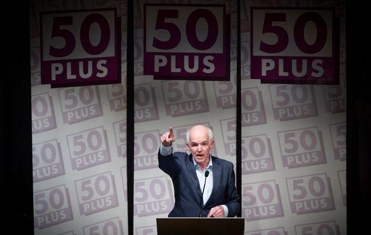 Partijprominenten keren zich af van Geert Dales, de voorzitter van 50Plus. Beeld Freek van den Bergh / de Volkskrant