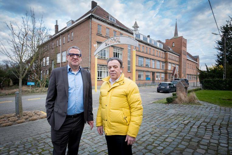 Directeur Theo De Wyngaert en ondervoorzitter Freddy Vertommen van de Maatschappij voor de huisvesting aan het klooster.