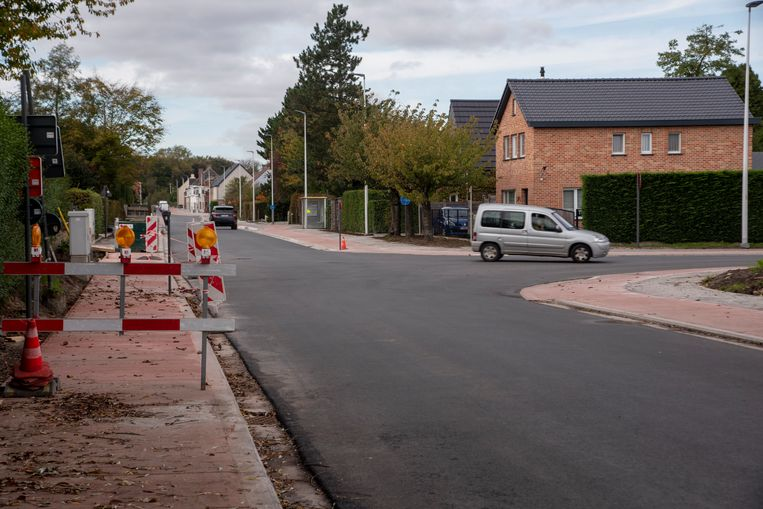 De doortocht naar Laarne is eindelijk weer open voor verkeer.