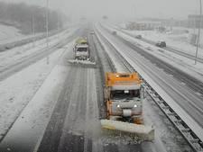 Sneeuwbuien zorgen voor pret en overlast in het land
