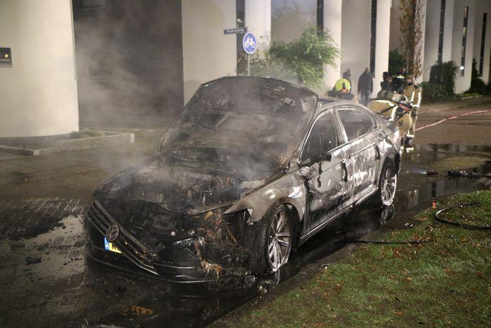 Een autobrand in Zoetermeer.