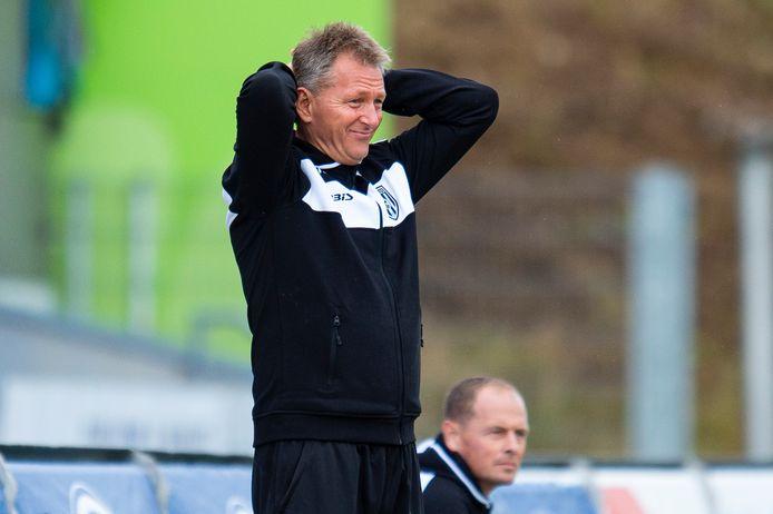 Trainer Frank Wormuth begint aan zijn derde seizoen bij Heracles. Ook dit seizoen moet hij weer opnieuw beginnen,