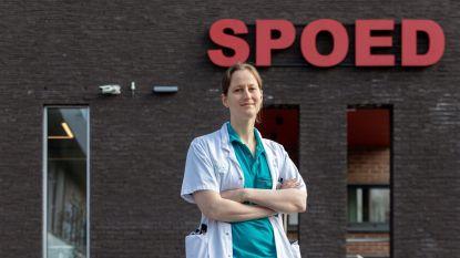 """CORONA SHEROES: Cathelijne Lyphout is urgentie-arts: """"Ik vrees dat de stilte voor de storm voorbij is …"""""""