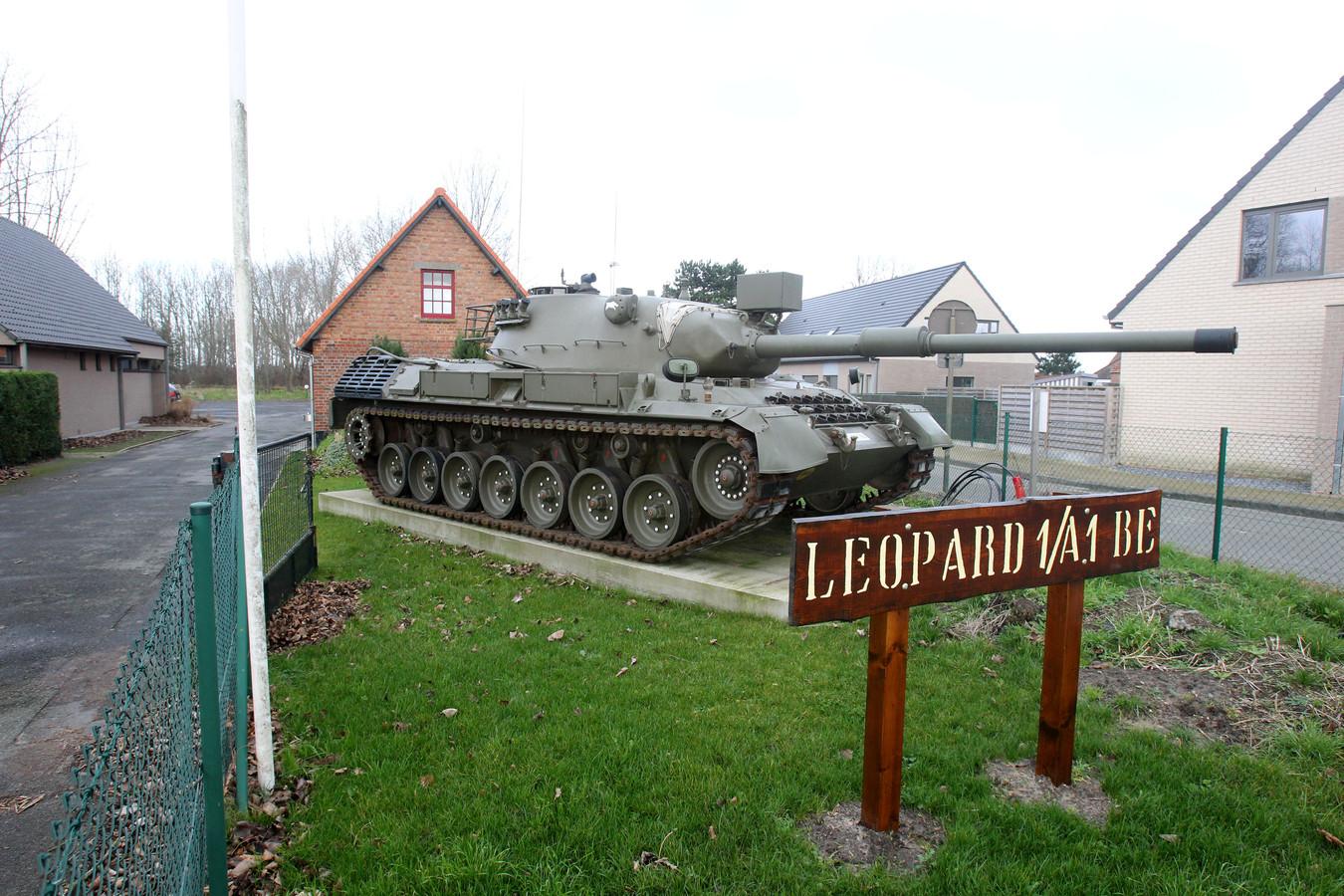 Tegen eind juni zal deze tank, opgesteld bij Museum Cabour WOI, opnieuw blinken.