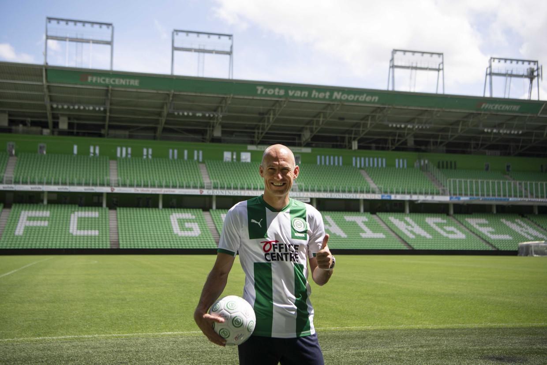 Arjen Robben in het stadion van FC Groningen. De verloren zoon is weer thuis, zeiden de fans.