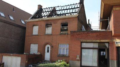 Bewoonsters zijn huis kwijt na brand