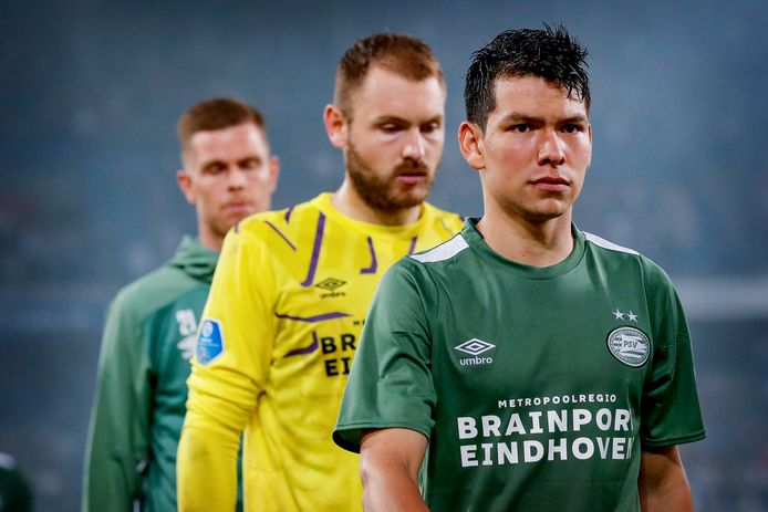 Hirving Lozano, Jeroen Zoet en Robbin Ruiter druipen af na het verlies in Bazel.