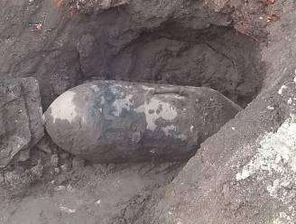 Vliegtuigbom ontdekt tijdens graafwerken in Rieme, school tijdelijk geëvacueerd