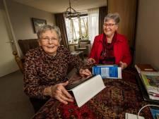 Senioren in Hengevelde blijven bij de tijd door volgen computercursus