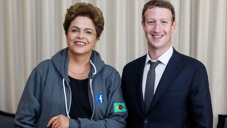 De Braziliaanse president Dilma Rousseff en Facebook-oprichter Mark Zuckerberg. Beeld anp