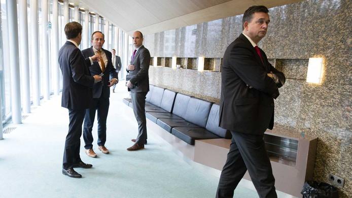 Vlnr. Alexander Pechtold (D66), Kees van der Staaij (SGP), Gert Jan Segers (Christenunie) en Emile Roemer (SP) dinsdag tijdens het vragenuur in de Tweede Kamer