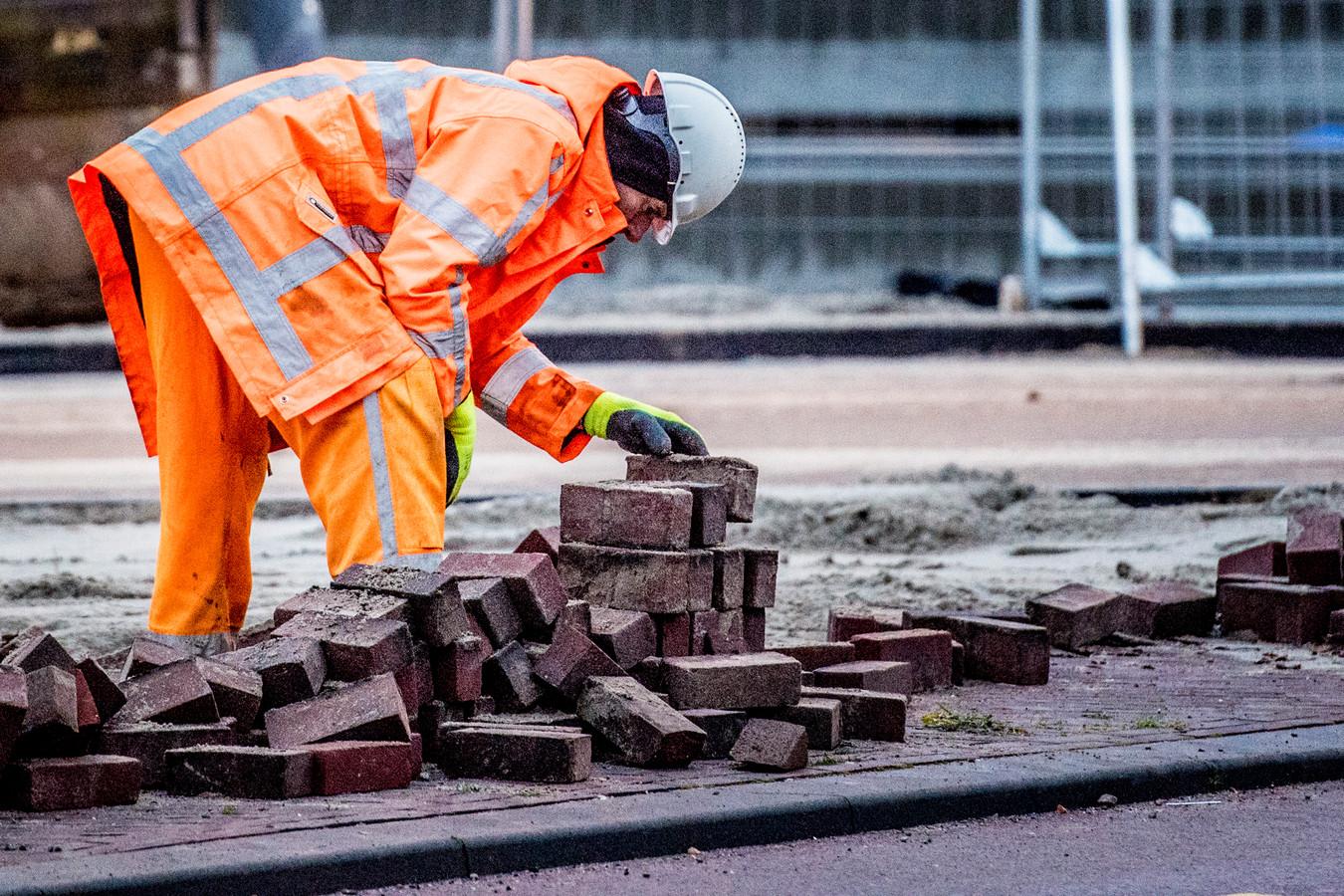 Maar een derde van de zelfstandige bouwvakkers verzekert zich tegen ziekte of ongevallen.