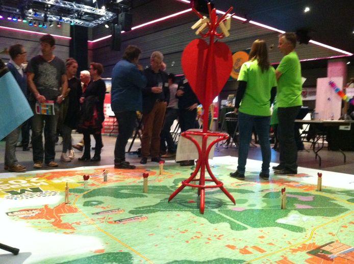 De Maashorst was met een grote landkaart present op de manifestatie G1000 in Markant Uden.