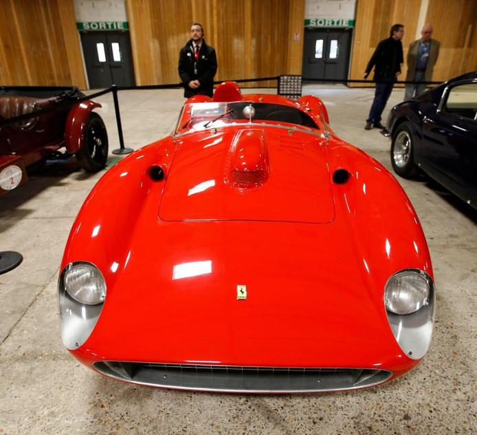 De Ferrari heeft geracet op een groot aantal plekken op de wereld, variërend van Le Mans tot de Mille Miglia. De auto werd in 2016 geveild in Parijs.