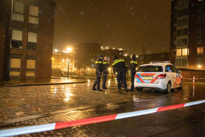 Politie op de plaats waar de schietpartij plaatsvond