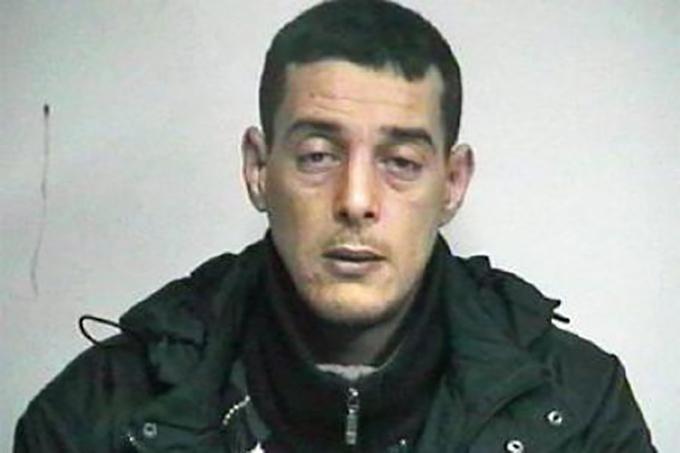 Ahmed Haddad, die zijn ex-vrouw probeerde te doden, moest zich vandaag verantwoorden voor terrorisme.