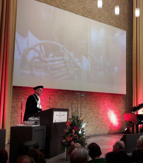 Eredoctoraten voor Amerikaanse wetenschappers op verjaardag Tilburgse universiteit