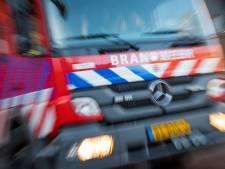 Brandweer blust brandjes op terrein voormalig zwembad Nijkerk