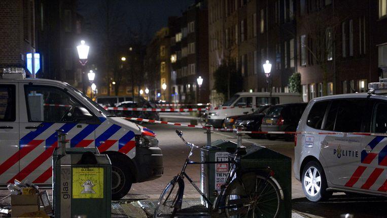 Afzettingen bij het Van Beuningenplein in de Amsterdamse Staatsliedenbuurt. Beeld ANP