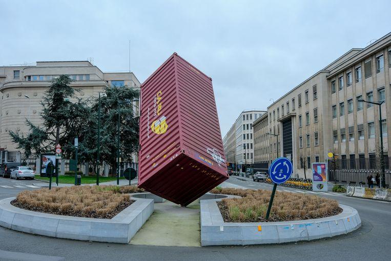 De zwevende container was eigenlijk bedoeld als tijdelijke expo, maar blijft nu gewoon in handen van de stad.