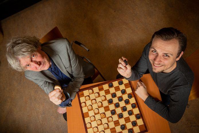 Willem van den Berg (l) en Joppe Lemmen van DC Lent.