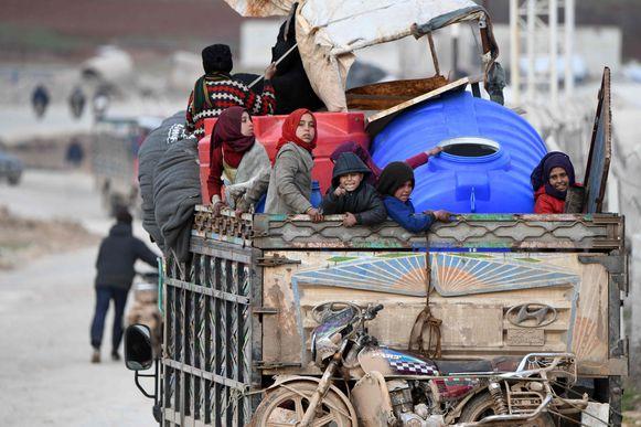 Sinds begin december zijn nu al bijna 950.000 mensen verdreven, liet OCHA, het bureau voor noodhulp van de Verenigde Naties, eerder vandaag weten.