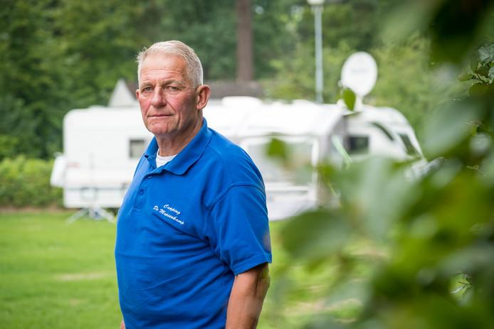 Eigenaar Ton Jalink van camping de Mussenkamp vindt de voorgestelde verhoging van de  toeristenbelasting, van een euro naar 1,50, 'absurd'.