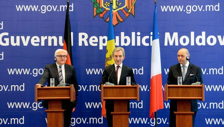 De premier van Moldavië Iurie Leanca (midden) heeft bezoek van de Duitse en Franse ministers van Buitenlandse Zaken.