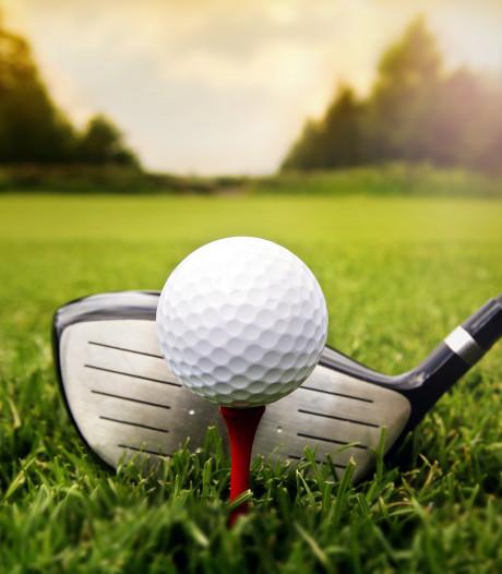 Vader slaat per ongeluk 6-jarige dochter dood met golfballetje