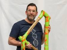 Tim (50) helpt je om een eigen bamboefiets te bouwen