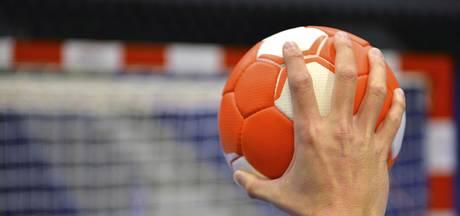 Beachveld voor handballers op Het Rosendael in Huissen