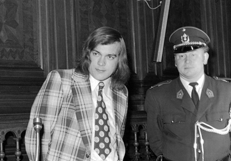 Staf van Eyken (links) tijdens zijn proces in 1974.