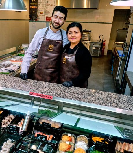 Jong echtpaar bestiert viszaak Dejavu in Dordt: 'Werk heeft onze relatie verdiept'