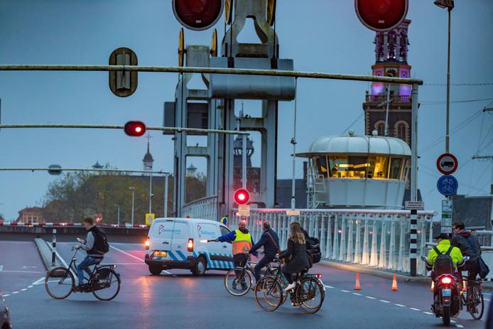 Een defect aan de Stadsbrug zorgde in 2017 voor een verkeerschaos in Kampen.