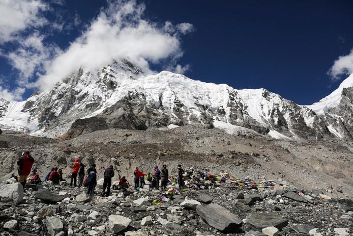 Het basiskamp bij Mount Everest van waaruit de beklimmingen worden ondernomen.