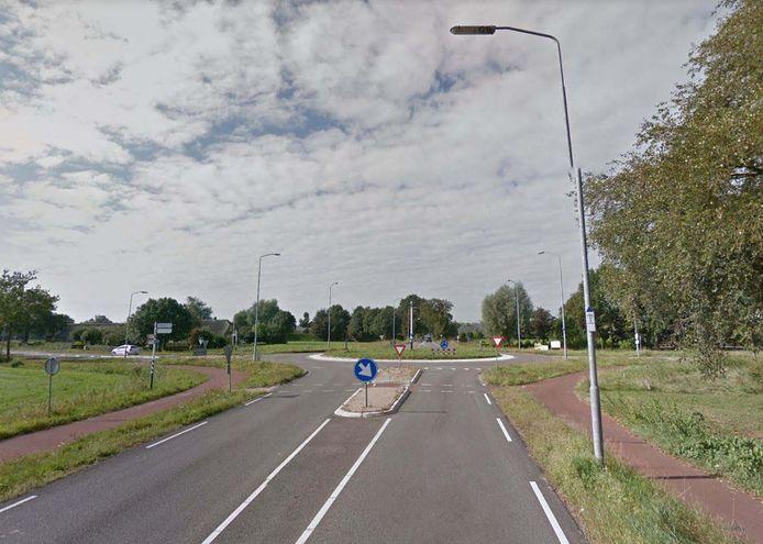 Het incident vond plaats op het fietspad langs de Rijksweg, nabij de rotonde met de Nijkerkerweg.