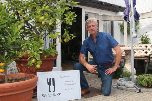Geert D'haese laat je tafelen naast citroenen en appelsienen bij Wine & co langs Halfbunder.