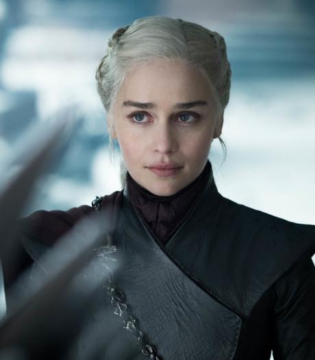 Game Of Thrones wil Emmy voor beste script, fans reageren: Probeer het eens bij de Razzies