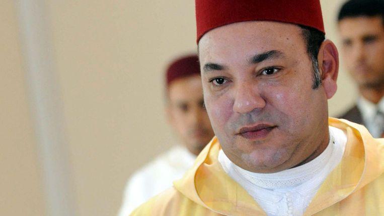 De Marokkaanse koning bracht gisteren in Rabat ook zijn stem uit. © ANP Beeld