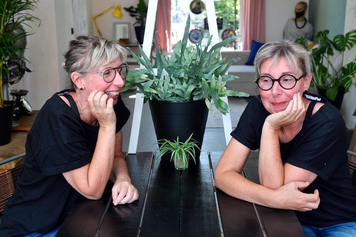 Op 13 juli 2017 vertelde de eeneiige tweeling Rita en Bettie van Plateringen dat zij zich met hun partij Amersfoort Anders verkiesbaar stelden voor de gemeenteraad.