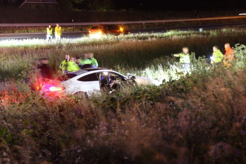 De auto raakte bij het ongeval aan de voorzijde flink beschadigd.