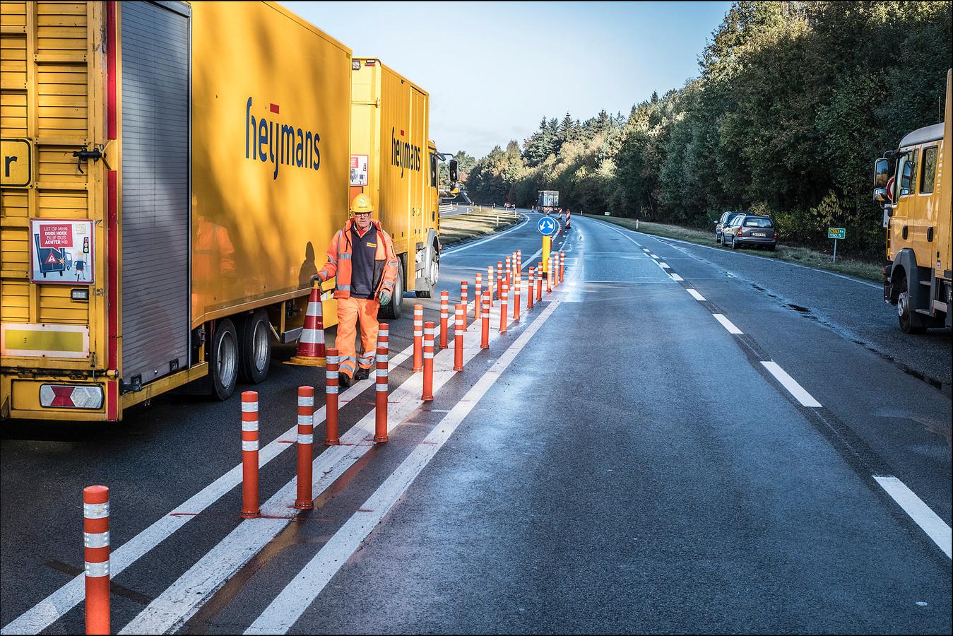 In 2016 werden 'broodjes' tussen de rijbanen gelegd en verdween de fysieke scheiding op de N271 tussen Heijen en Gennep.