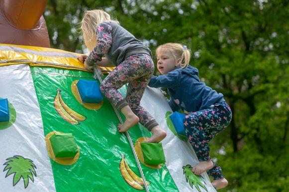 Springkasteel festival in Pelt. Foto Tony van Galen
