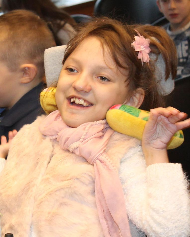 Femke De Pauw lijdt aan een ernstige spierziekte en moet een dure behandeling ondergaan. Het geld was dus meer dan welkom.