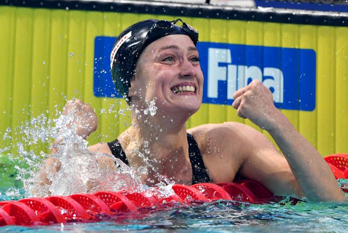 Mireia Belmonte ESP wint de 400 meter wisselslag in een nieuw wereldrecord 4:19.82