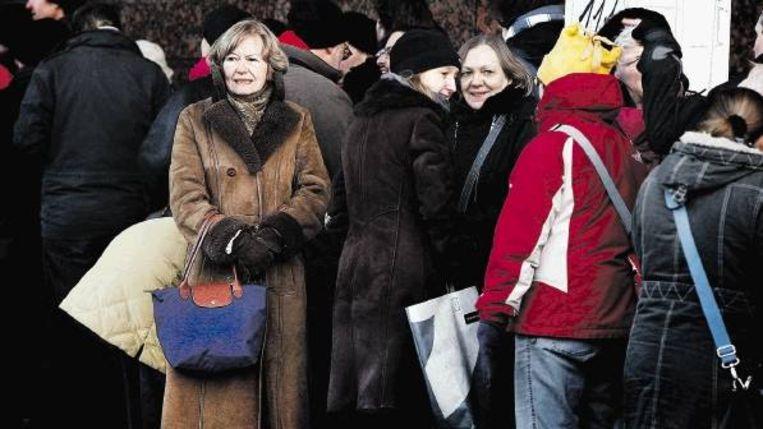 Voor de kassa van De Doelen stonden dinsdag lange rijen voor kaartjes voor de 39ste editie van het Rotterdamse filmfestival. Beeld
